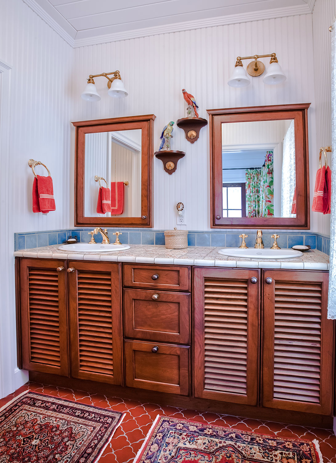 Sycamore avenue residence anna maria epoch cabinetry for Bathroom cabinets yorkshire